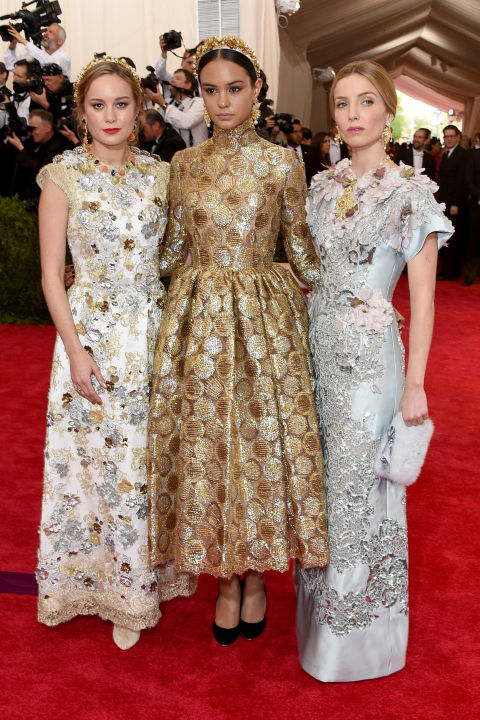 hbz-met-ball-2015-brie-larson-courtney-eaton-annabelle-wallis