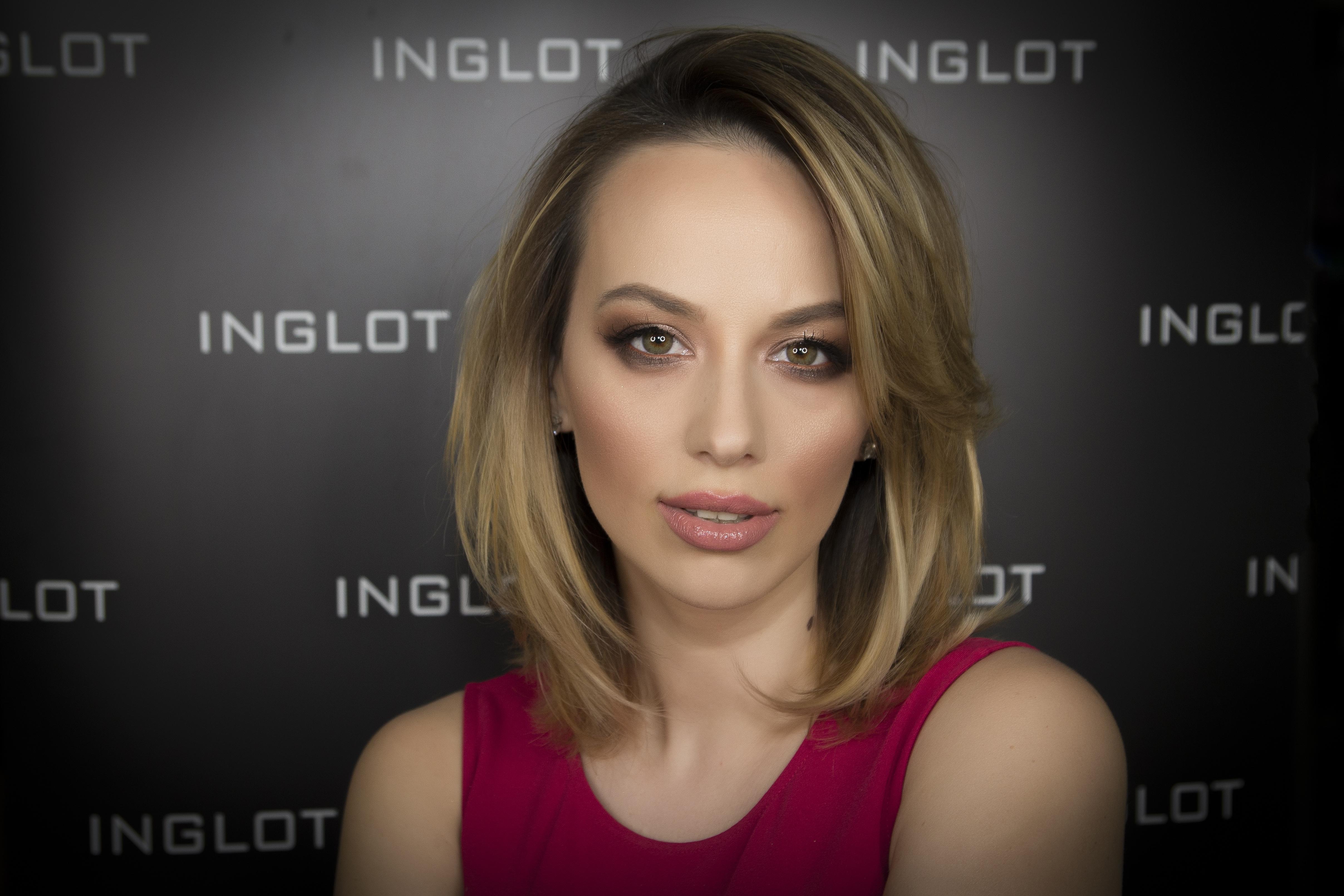 Noua Colecție De Make Up Inglot în Colaborare Cu Jennifer Lopez